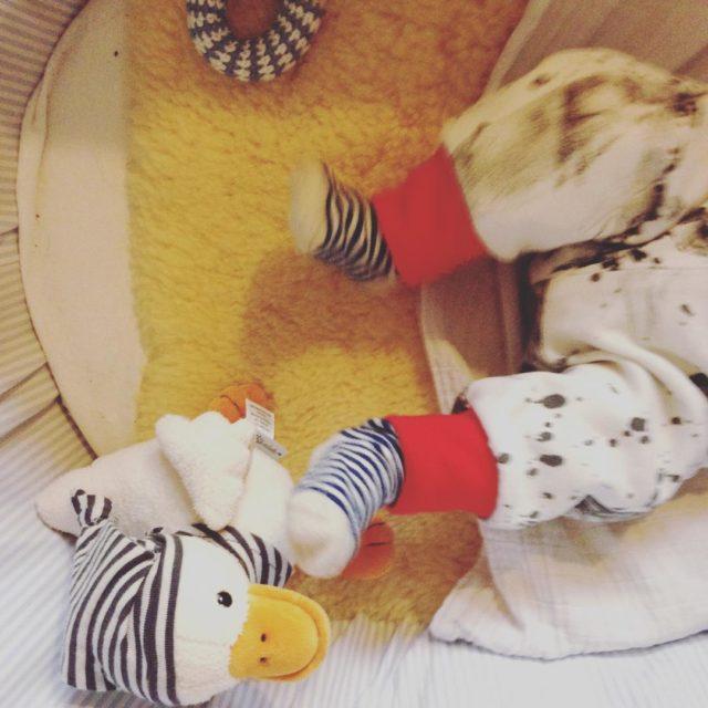 Morgengestrampel streifen strampeln baby babyboy newborn spieluhr